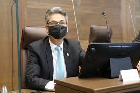 El precandidato PAC Welmer Ramos González defendió a ultranza a OTTON SOLÍS FALLAS por nombramiento en la OCDE. Carolina Hidalgo tomo igual decisión.